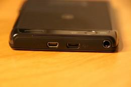 Oberseite mit microUSB und HDMI