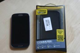 Otterbox neben Galaxy S3